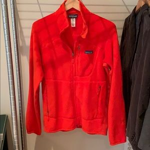 Patagonia men's size M red/orange zip up fleece